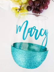 Stemless Personalized glitter wine glass - Bridesmaid | Birthday gifts