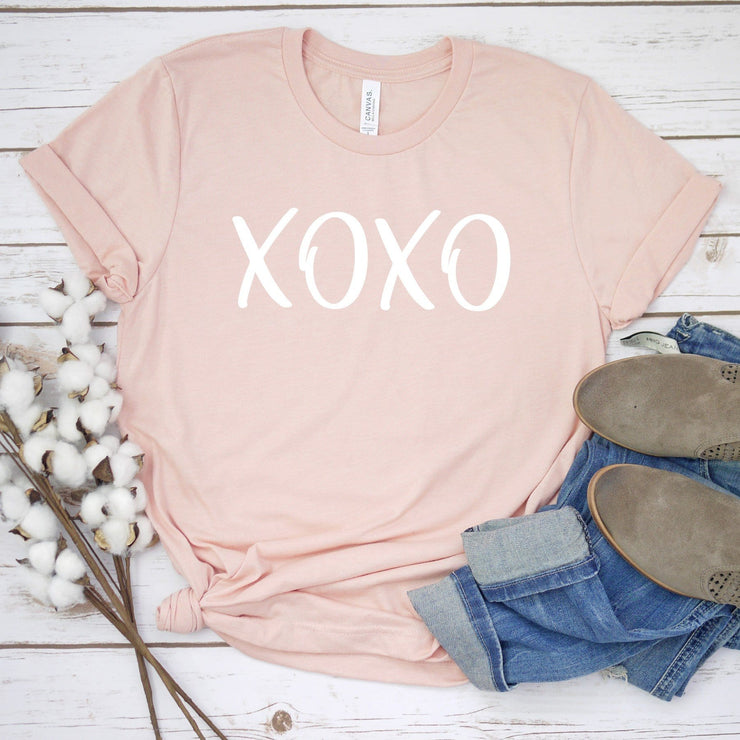 Valentine's Day tee for women Peach XOXO