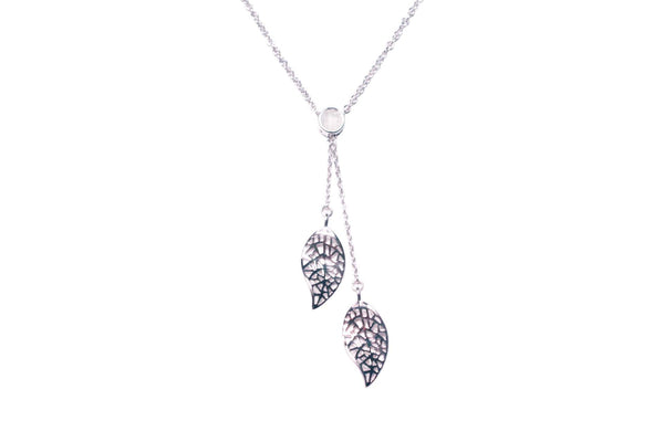 Resilience Necklace - Silver/White Topaz