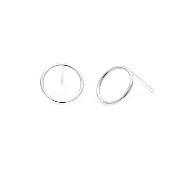 Circle Studs - Silver