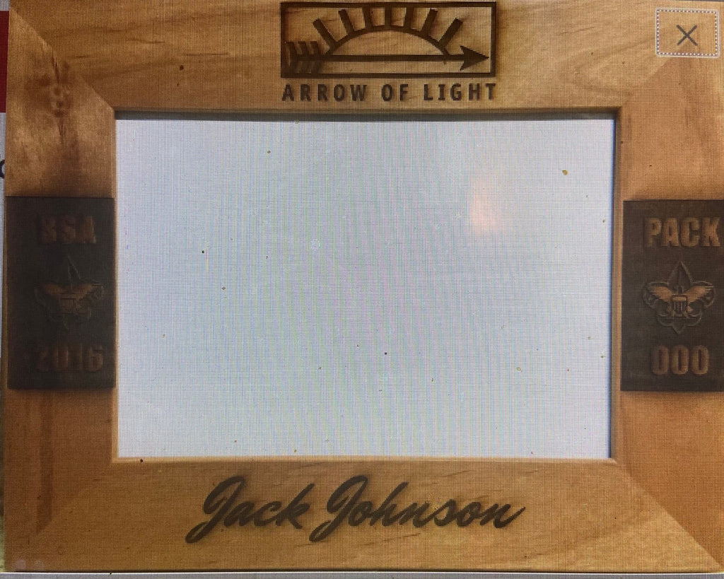 Arrow of Light Red Alder Wood Picture Frame - Engraved Effects