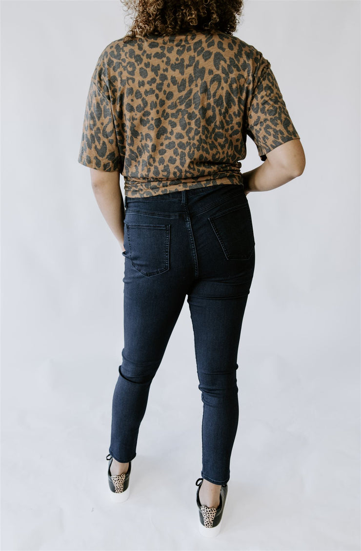 CURVY CASUAL FRIDAY HIGH WAISTED JEANS