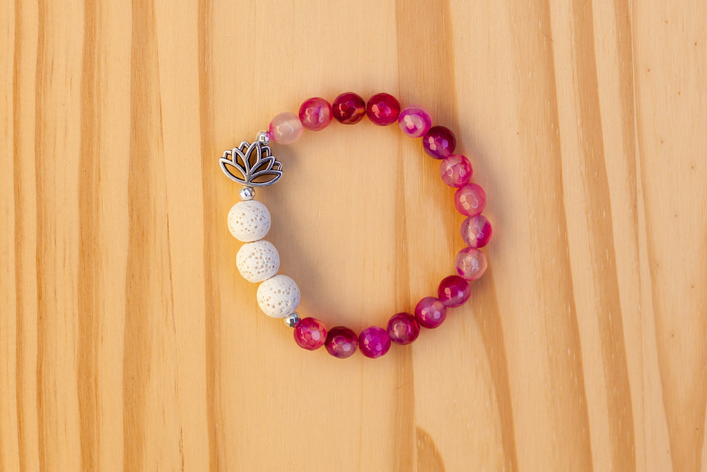 Essential Oil Diffuser Aromatherapy Pink Agate Stretchy Bracelet with Lotus Flower