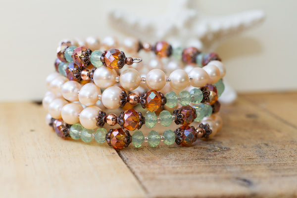 Pale Peach Faux Pearl, Crystal & Copper Memory Wire Beaded Bracelet
