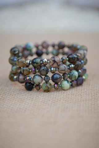 Green/Black Cracked Agate & Crystal Memory Wire Bracelet