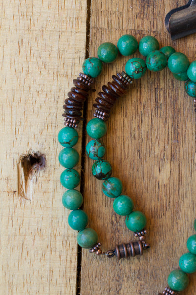 "22"" Green Turquoise, Brown Shell & Copper Unisex Beaded Necklace"