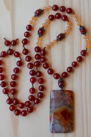 "30"" Dragon Vein Agate Beaded Pendant Necklace with Red Agate & Peach Crystal Beads"