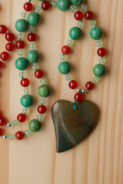 "28"" Long Brown-Green Dragon Vein Agate Heart Pendant Necklace with Turquoise & Carnelian Beads"