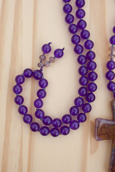 "28"" Long Dragon Vein Agate Cross Beaded Necklace with Purple Beads"