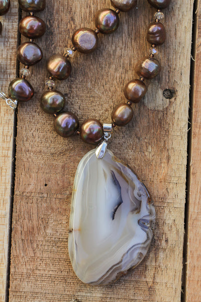 "18.5"" Agate Slice Pendant Necklace with Brown Freshwater Pearls"