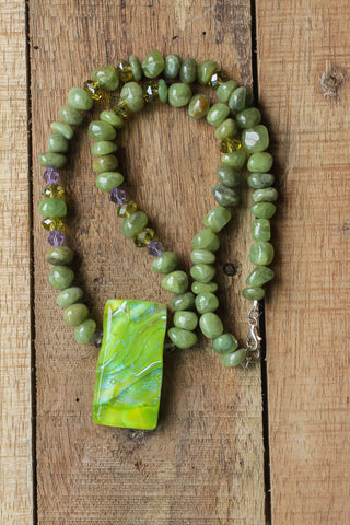 "19"" Dichroic Glass with Green Garnet & Crystal Necklace"