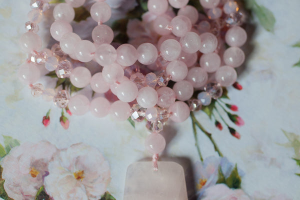 "30"" Rose Quartz Beaded Pendant Necklace with Rose Quartz & Crystal Beads"