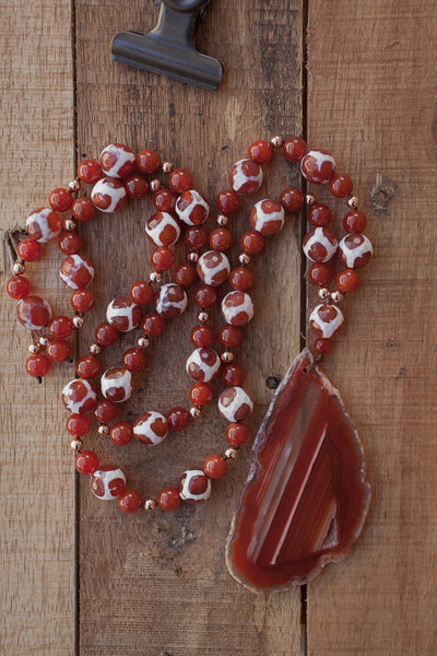 "30"" Long Large Agate Slice Necklace with Carnelian Giraffe Agate Beads"