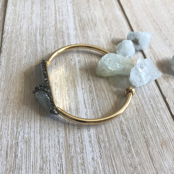 . Aquamarine & Clear Quartz - March Birthstone - GaiaBoheme
