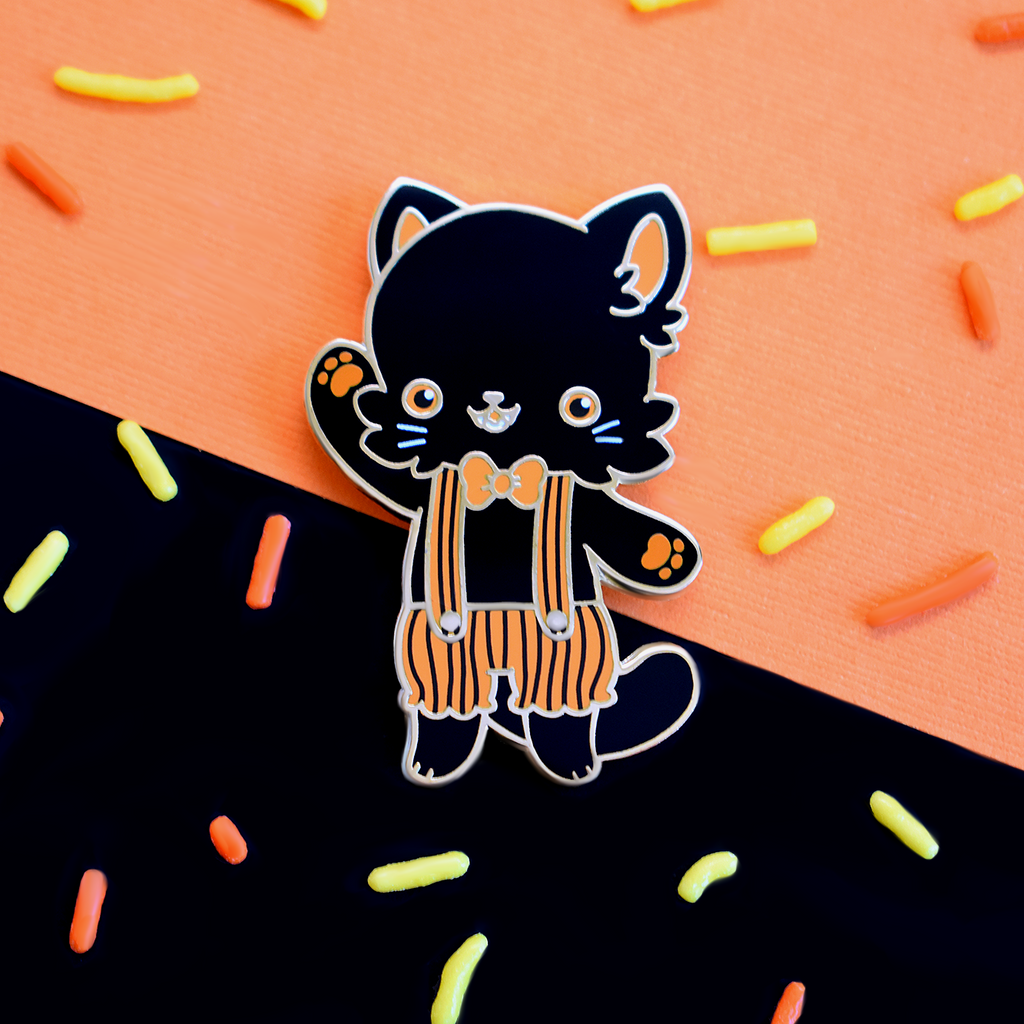Vintage Halloween Black Cat Enamel Pin