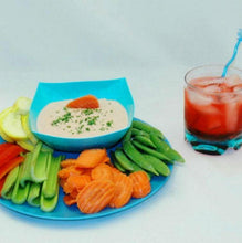 Load image into Gallery viewer, Bombay Mayonnaise and Sour Cream Dip with fresh veggie dippers Summer