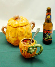 Load image into Gallery viewer, Caribbean Black Bean and Ham Soup served with pumpkin ale