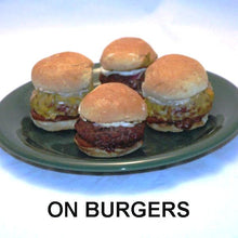 Load image into Gallery viewer, Burger sliders with Casablanca Spicy Ketchup