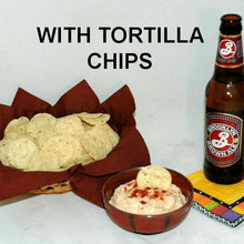 Load image into Gallery viewer, Rio Grande mayonnaise and sour cream dip and tortilla chips, served with ale