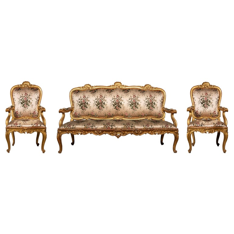 Late 18th Century Venetian Giltwood Suite