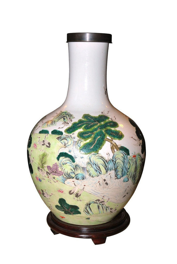 A Large Chinese Globular Vase