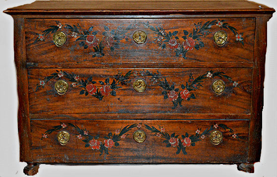 An 18th Century Italian Painted Three Drawers Commode
