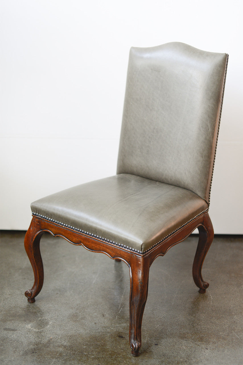 French Provincial Style Dining Chair with Serpantine Rail