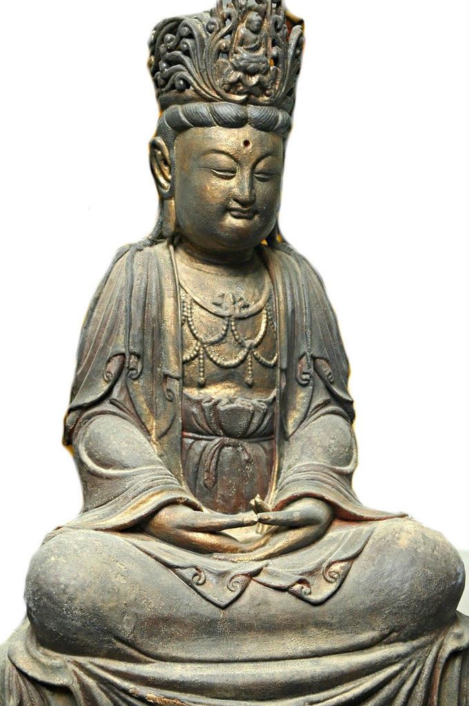 A Chinese Carved Wood Figure of Guanyin, Late Ming Dynasty (1368-1644)