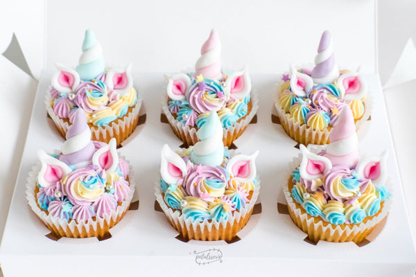 Simple Baby Shower Cakes With Cupcakes