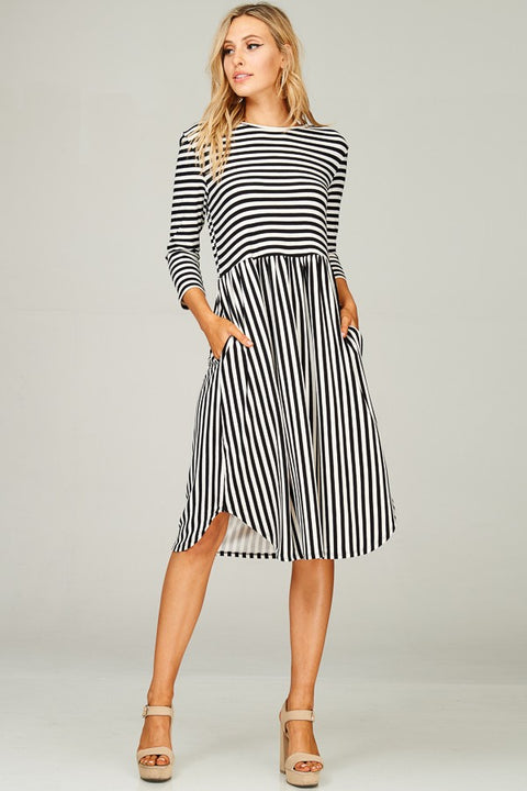 DTY Brushed Stripe Round Neck 3/4 Sleeve Midi Dress with Pockets