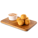Chicken sausage wrapped with cheese and breadcrumbs, and deep fried to perfection. Served with a dip of your choice.