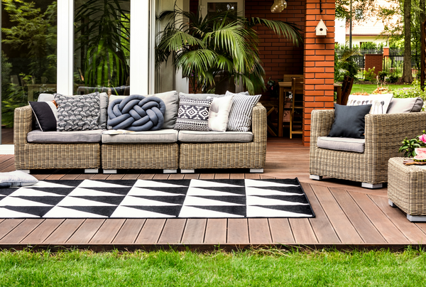 Style Guide: Accessorizing your Patio