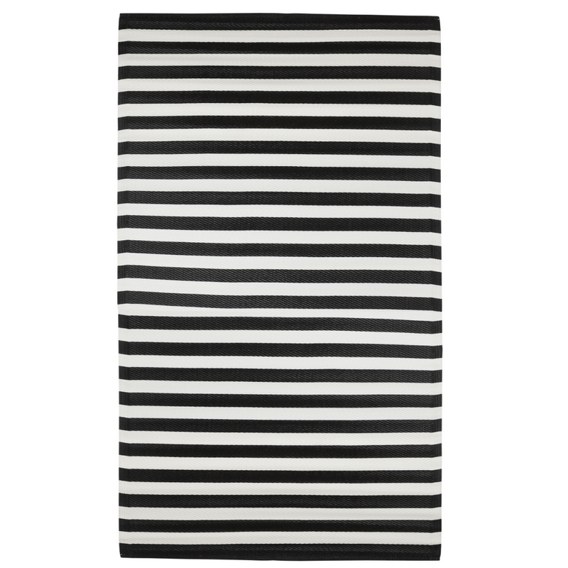 rug: black striped