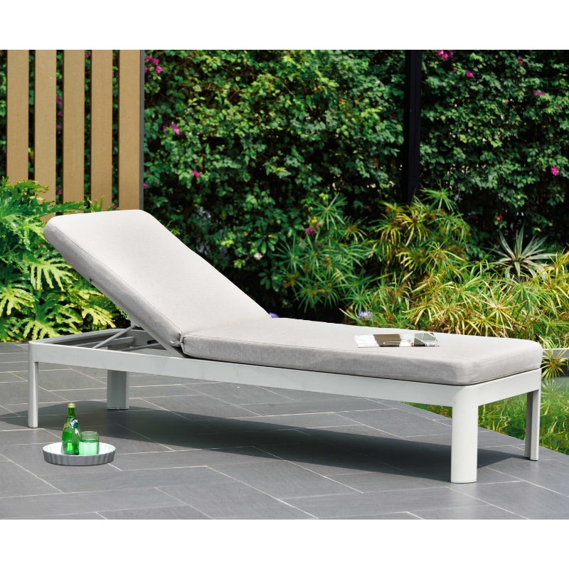 Portals Sun Lounger - Light