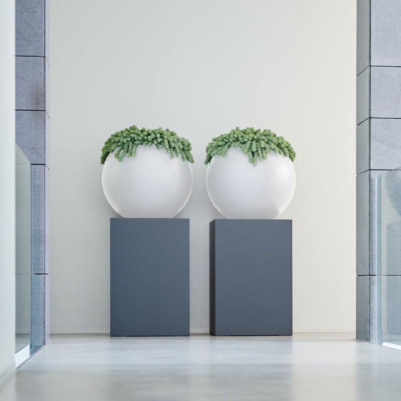 round ball planter by elho in white set of 2