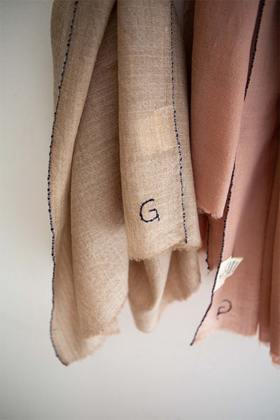 CASHMERE 80x180 SCARVES-SAND
