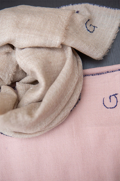 CASHMERE 80x80 SCARVES-SAND