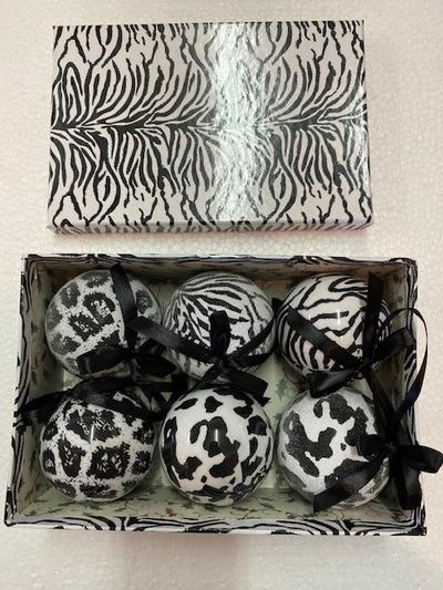 SET OF 6 - MONOCHROME AFRICAN BAUBLES