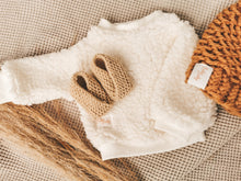 Knitted Booties - Beige