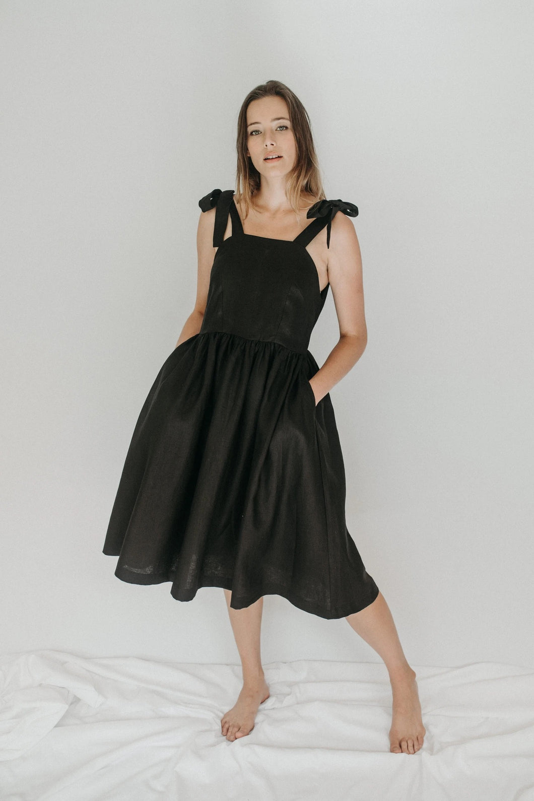 Calla Shoulder Tie Dress - Black Linen