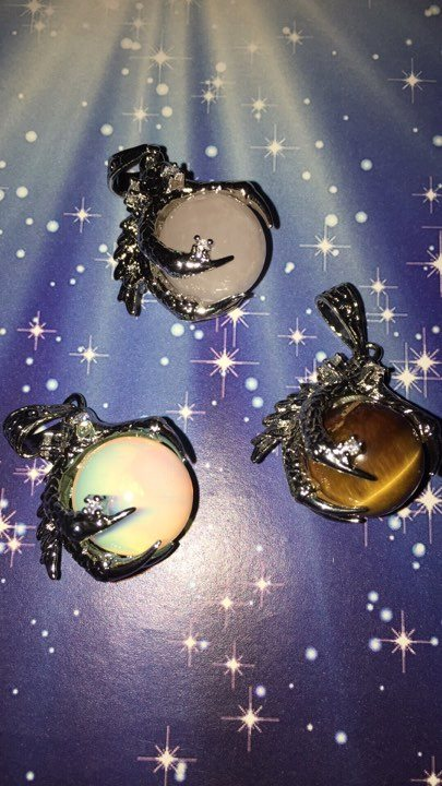 Dragon Claw Pendants - The City Witches