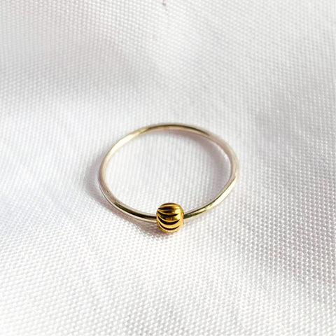Spin Stacking Ring
