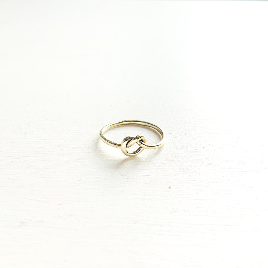 9ct White Gold Knots Of Love Ring Katiico Jewellery