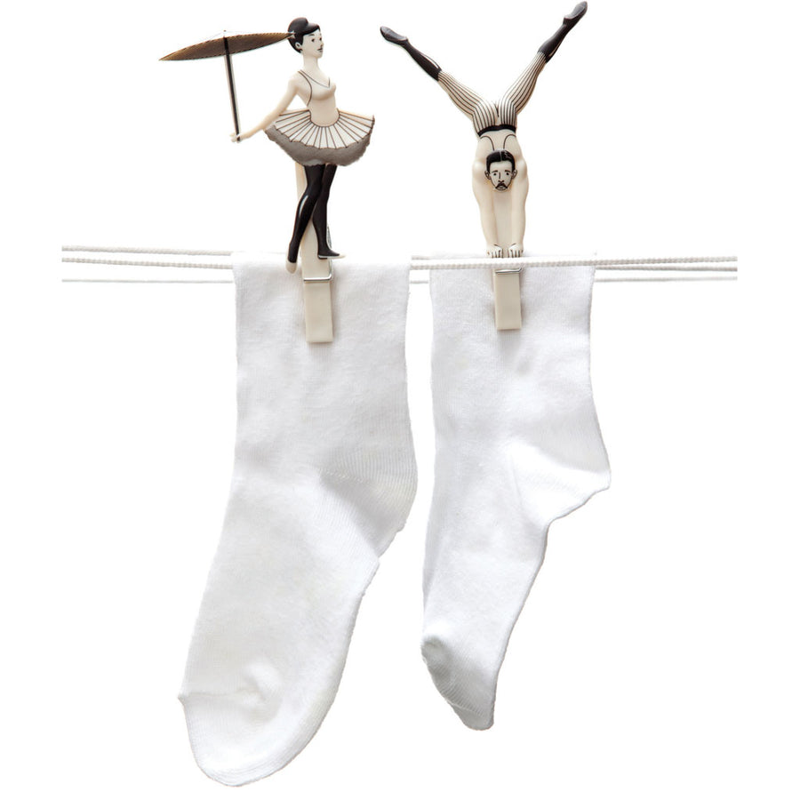 PEGZINI FAMILY | Circus decor clothes pins