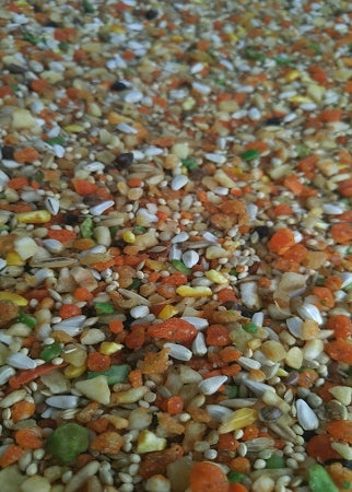 Medium Fruit & Nut Mix 16oz