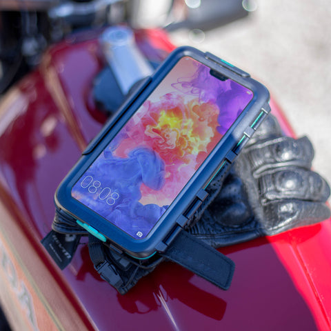 Waterproof dustproof shockproof motorcycle smartphone case for Huawei P20 Pro