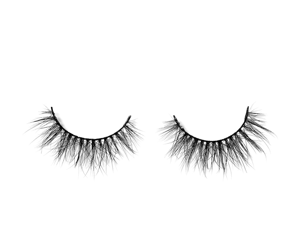 REIGN - MIKAYLA Lashes