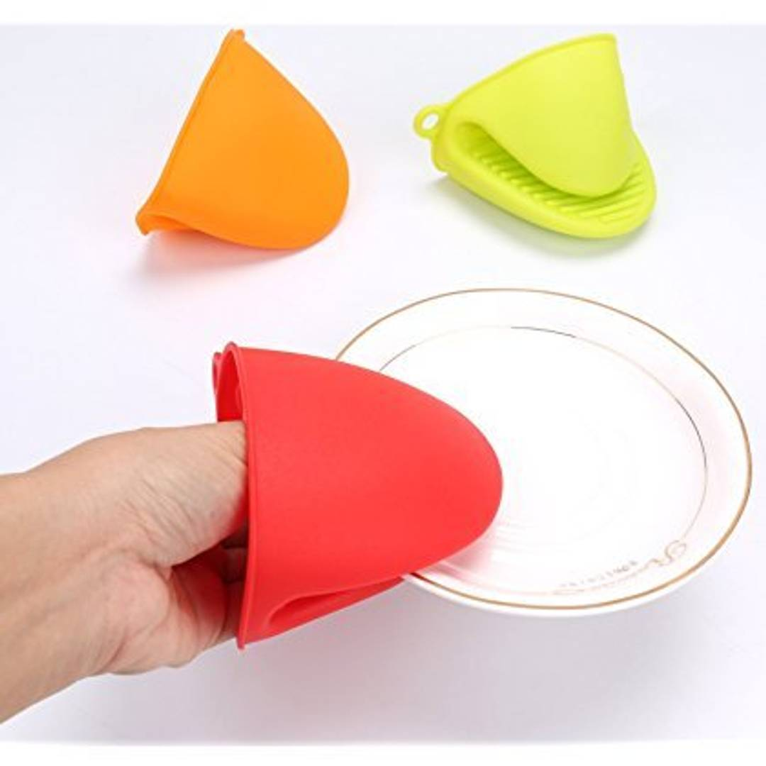 Heat-Resistant Silicone Pot Holder (Pack Of 2)