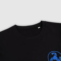 BLUE LOGO PUFF PRINT BLACK T-SHIRT + ISLES