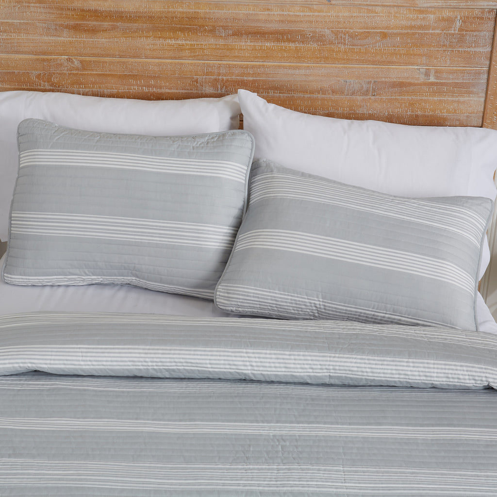 Madelina Striped Quilts